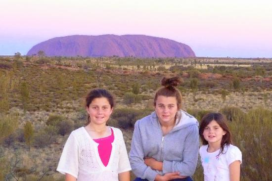 Ayers Rock Campground: After sunset at the campground lookout