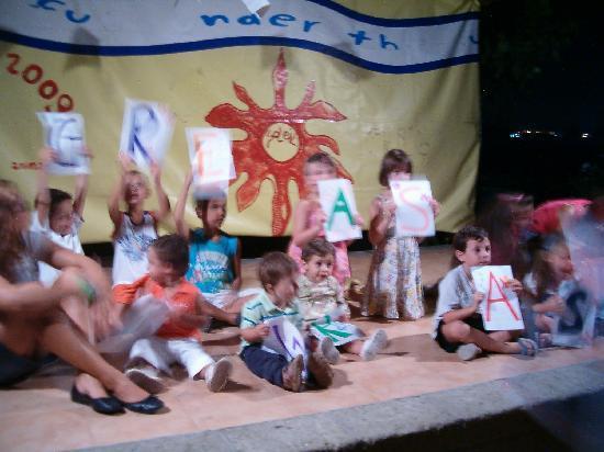 Residence Villaggio Diomedea: serate per bambini