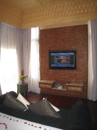 The Baray Villa: TV upstairs