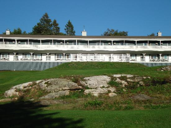 Picture Of Beach Cove Waterfront Inn