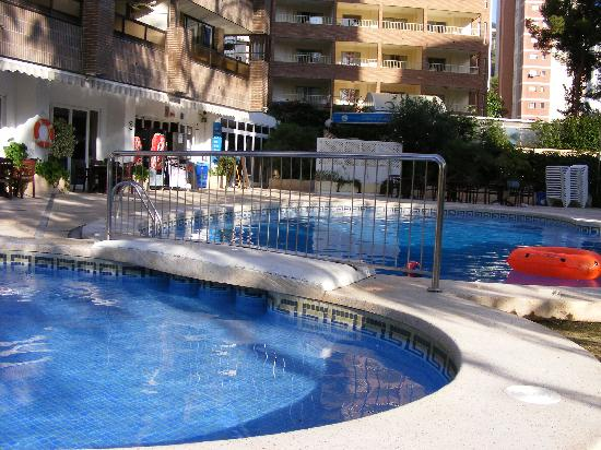 Apartamentos levante beach updated 2017 apartment - Apartamentos picasso benidorm ...