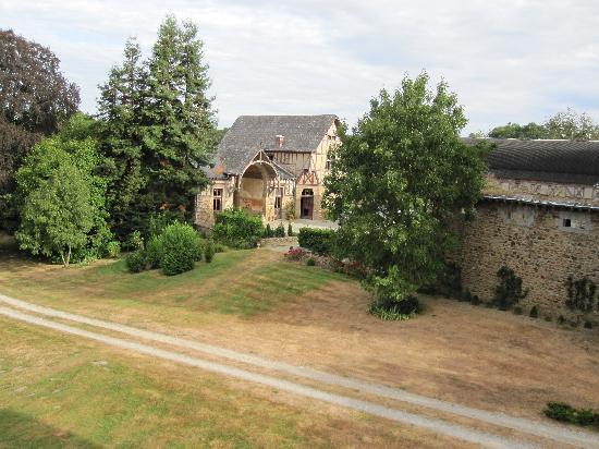 Chambres d'hotes Chateau de Villatte: Outside