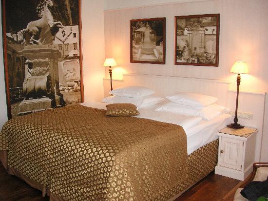 Bristol Hotel Salzburg : Zimmer
