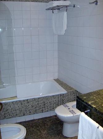 Hotel Las Villas de Antikaria: Cuarto de baño