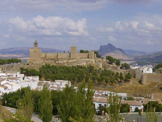 Hotel Las Villas de Antikaria: Vista de la Alcazaba de Antequera
