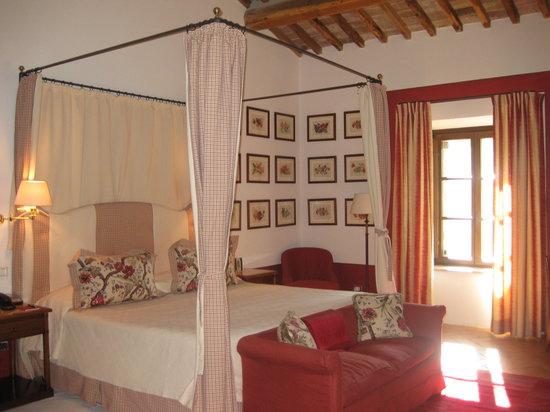 Castello Banfi - Il Borgo: Poggio Alle Mura