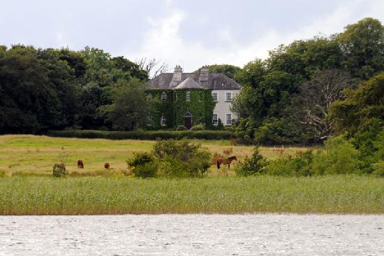 Lisdonagh Manor House: Lisdonagh from across the lake