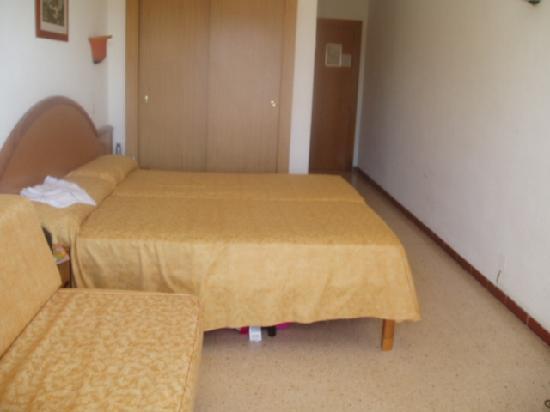 Hotel Condesa de la Bahia: Our 'standard' room