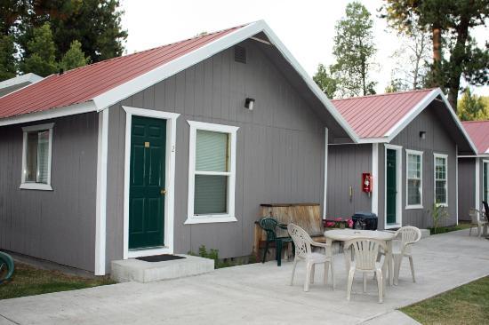 Crater Lake Resort Cabins