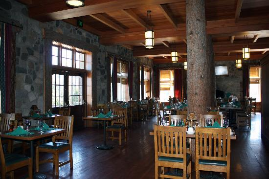 Crater Lake Lodge Dining Room Picture Of