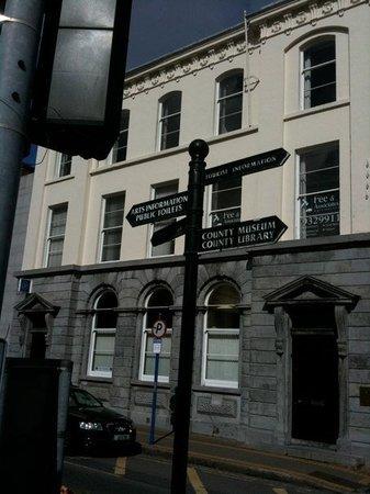 Dundalk, Irlanda: des panneaux