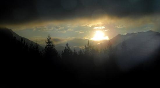 Steinberg am Rofan, Austria: Österreich bei der Hinfahrt (Sonnenaufgang)