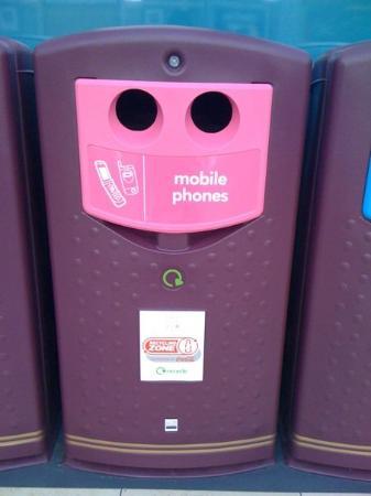 Mobile recycling bins - Basingstoke, England, 13 Sep 09