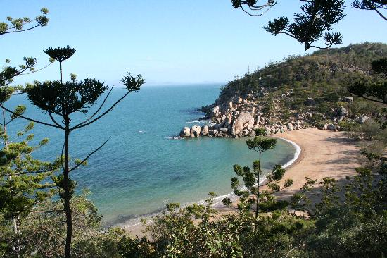 Arthur bay picture of magnetic island queensland for West point fishing report