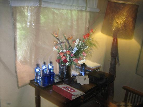 Sanctuary Olonana: Fresh flowers in our room