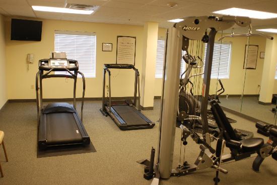 Staybridge Suites near Hamilton Place: Exercise Room