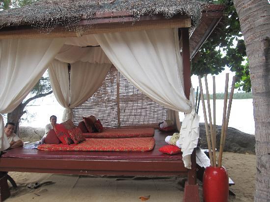 ร็อคกี้ บูติค รีสอร์ท: The Massage Hut!!