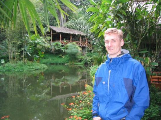 Mindo, Ecuador: Andy visits a hosteria in the Ecuadorian rain forest