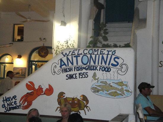 Antoninis : outside