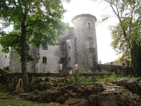 Le Chateau du Cros: le château