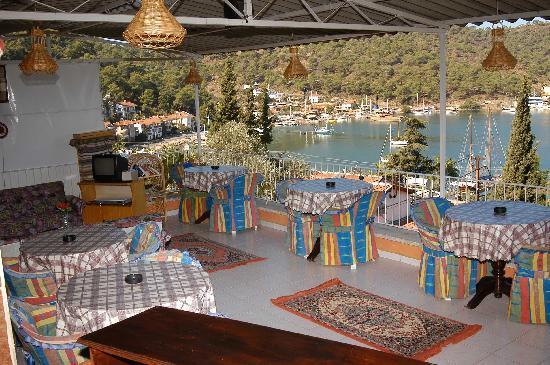 Duygu Pension: nice  terrace