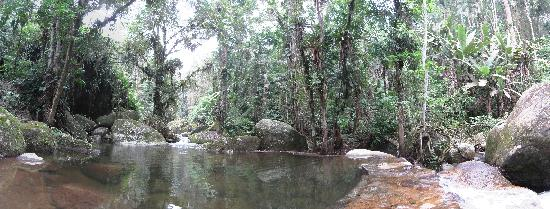 Pousada Bromelias: Natural Waterfall Pool