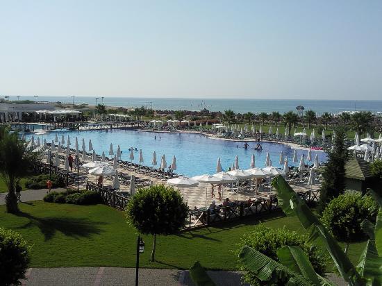 Voyage Belek Golf & Spa: grande piscine