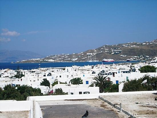 Belvedere Mykonos: view from the pool deck
