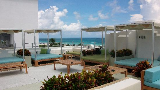 Clevelander South Beach Hotel: The Roof Terrace,  very relaxing.