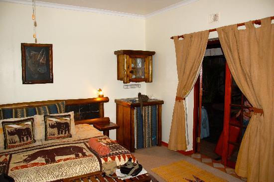 Zulani Guest House: Rhino room