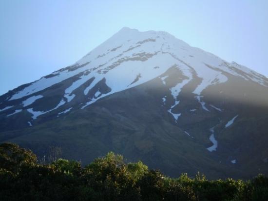 Mount Taranaki: Mt Taranaki - NZ. Spent a little time in this area working on the Kupe Gas Project