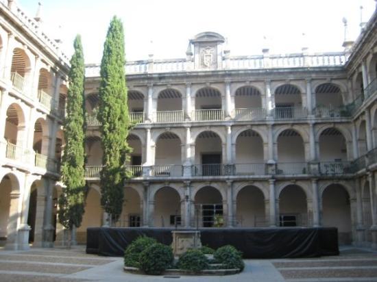 Universidad de alcala de henares madrid picture of - Bricolaje alcala de henares ...