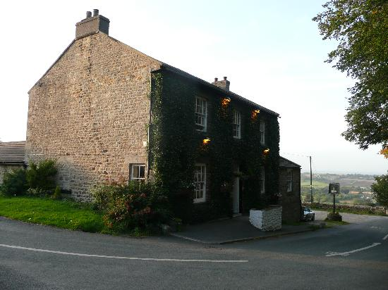 The Shoulder of Mutton Inn: The Pub