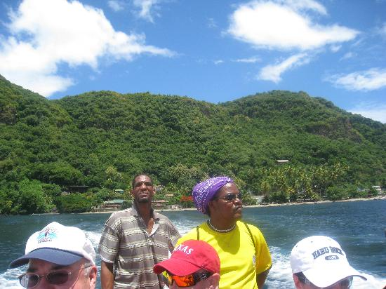 Cosol Tours: If you see this guy (in the striped shirt) driving your boat, DON'T get on!  He was drunk, for r