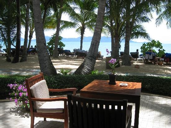 Santiburi Beach Resort & Spa : Outside the Villa