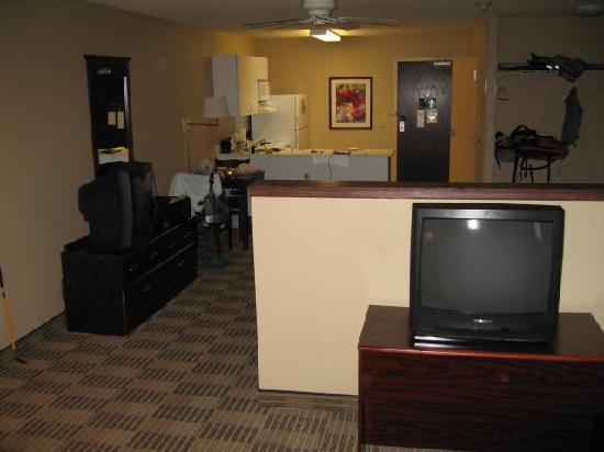 Extended Stay America - Portland - Beaverton - Eider Court: King SUITE from living room back to kitchen
