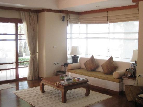 Santiburi Beach Resort & Spa : room interior