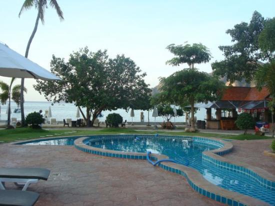 Andaman Beach Resort Ko Phi Phi Don