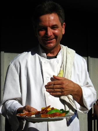 """Country Sunshine Bed and Breakfast: """"Chef"""" Walter presents his breakfast creation"""