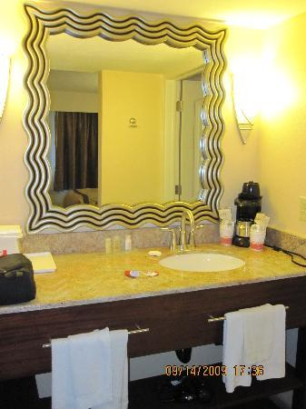 Hotel Moab Downtown : Bathroom