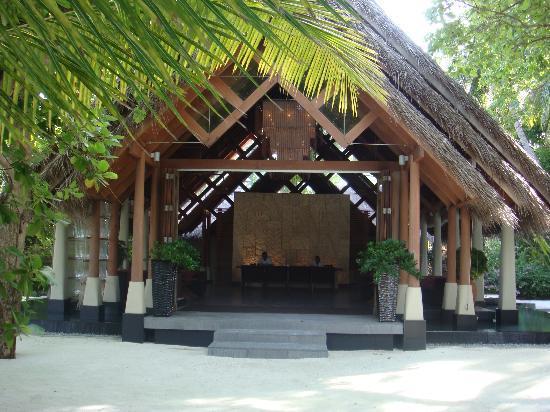 Baros Maldives: Reception
