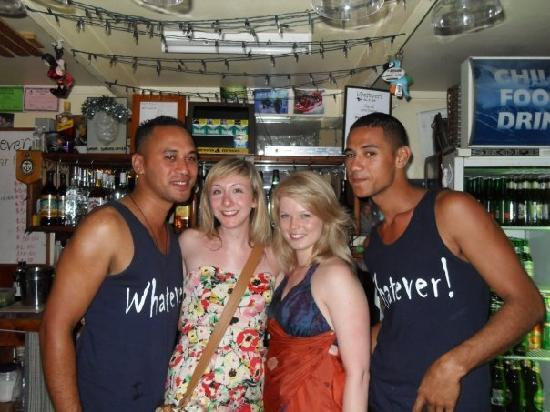 Aremango Guesthouse: night out behind the bar