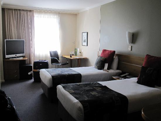 โรงแรมเมอร์คิวร์ซิดนีย์: room