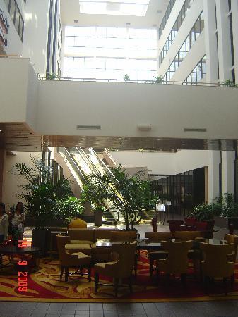 East Lansing Marriott at University Place: Lobby
