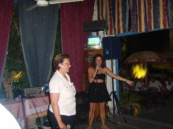 Paphiessa Hotel Apartments: Hazel the Kareoke Host in black