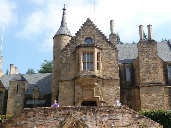 Lockheart Castle : ロックハート城