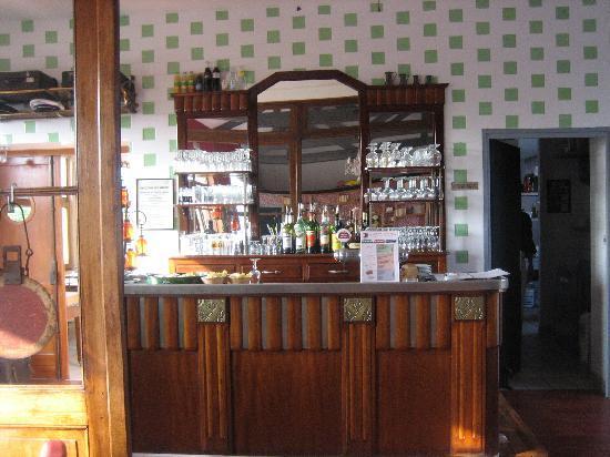 Le bar de la gare belle pi ce fotograf a de station bac saint maur sai - Hotel sailly sur la lys ...