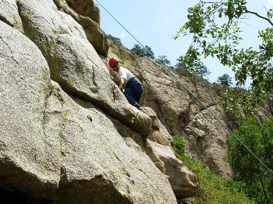 Sylvan Dale Guest Ranch: rock climbing