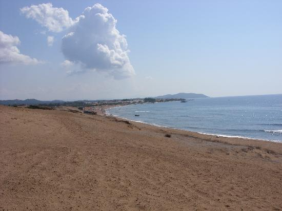 George Apartments: ISSOS BEACH