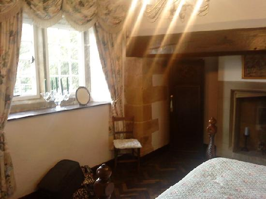 Braithwaite Hall: Bedroom